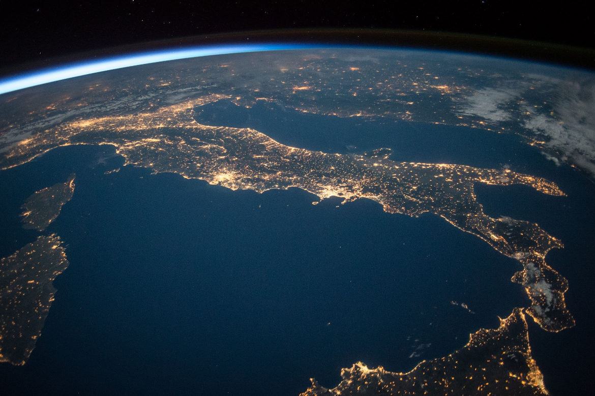 Italia vista dal satellite