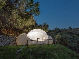 Eco Glamping Green Bubble Room
