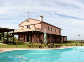 Agri BnB Airone Country House