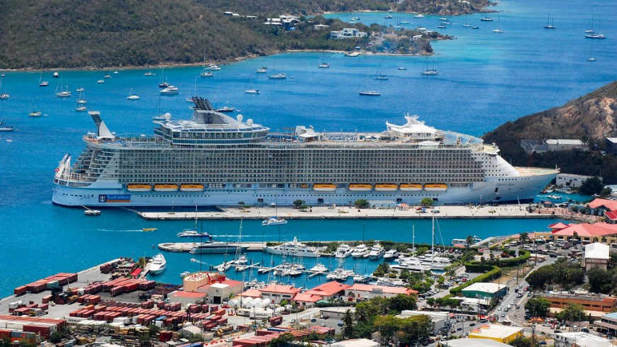 Cruise ships pollution