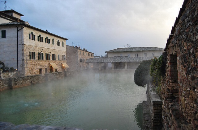 Low cost Wellness: Free Thermal Pools in Italy - Ecobnb