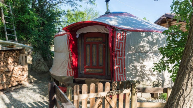 Glamping in Piedmont, Italy, near Turin