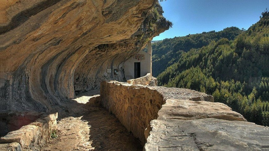 The Hermitage of San Bartolomeo in Majella National Park, destination for spiritual walks in Italy