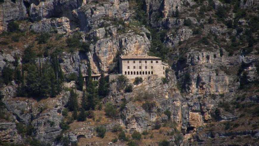 Hermitage of Sant'Onofrio, destination for spiritual walks in Italy