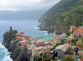 A full day hiking to discover the sea of Cinque Terre