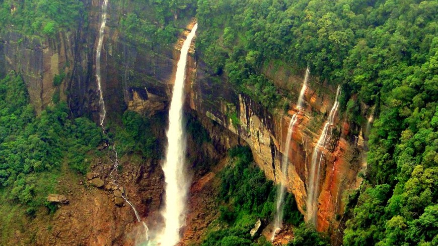 Nohkalikai Waterfalls, India