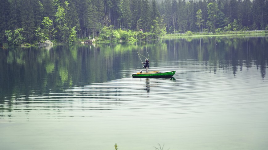 Weekend at lake: an idea to experience water and find happiness