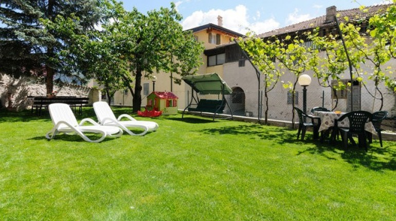 Farmhouse La Canonica for your eco-friendly holiday n Trentino South Tyrold