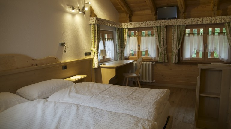 Eco-hotels to discover the wonders of the forest