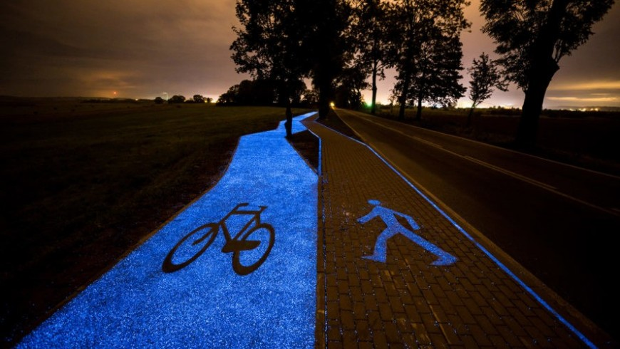 A bike path in Poland powered by the sun