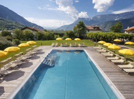 Hotel Theiners Garden, Green and Luxury Hotel in South Tyrol, Italy