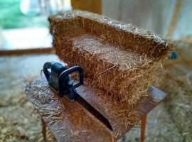 Holidays in a straw house - B&B ecofriendly Al Gufo Saggio Italy