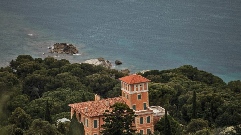 off the grid holiday in Italy