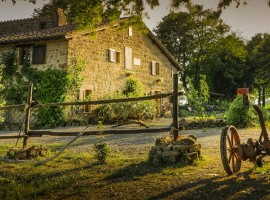 A holiday by electric car in Italy: Agriturismo Biologico Sant'Egle farmer holiday