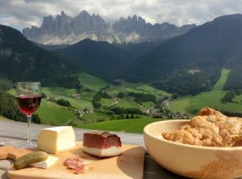 10 Alpine farmsteads where you can change your life
