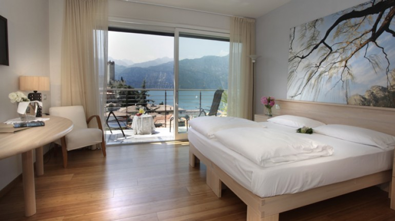 A holiday by electric car in Italy: Eco Hotel Ariston