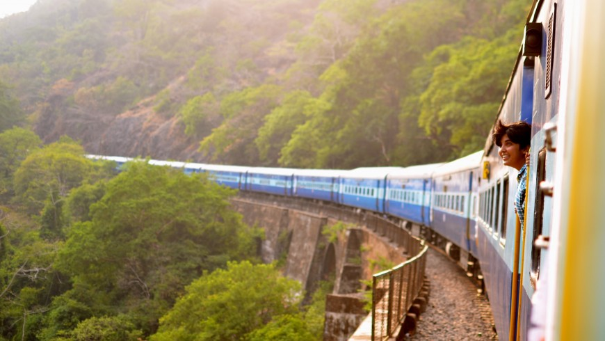 Moving train - the train and carpooling are the most eco-friendly ways of travelling