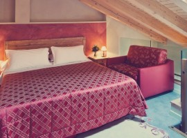 Cosy and romantic atmosphere in the double bedroom