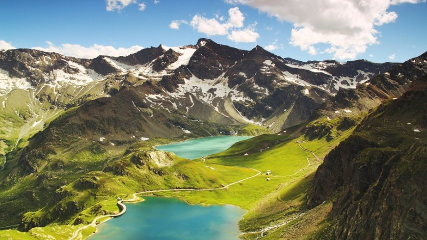 Unspoiled nature surrounding Ceresole Reale, photo via pixabar