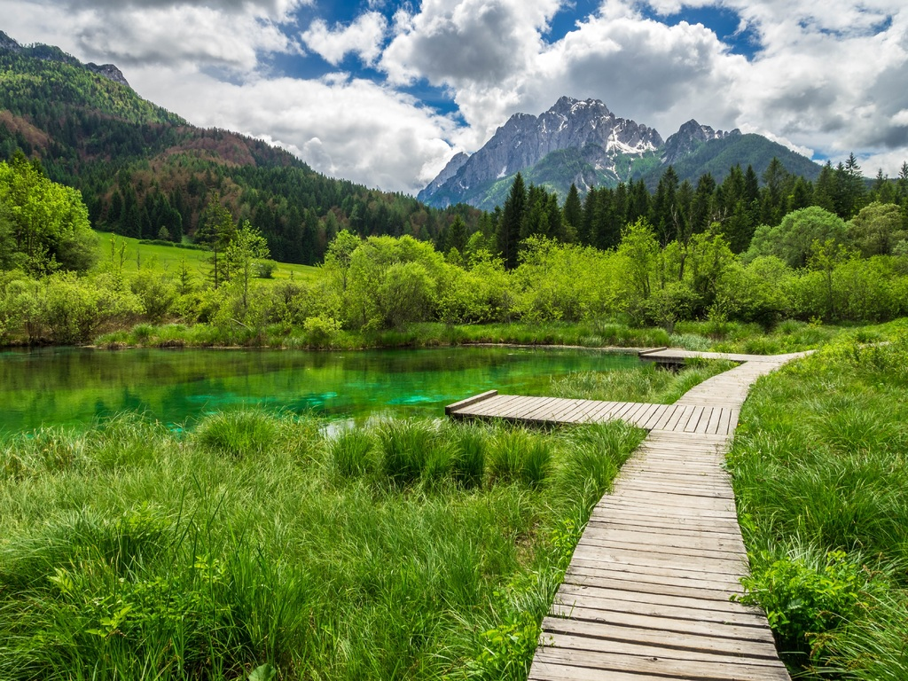 Slovenia, untouched lanscape with mountains and green itineraries