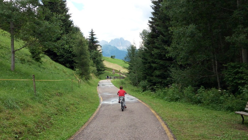 Cycle-path from Moena to Sorano