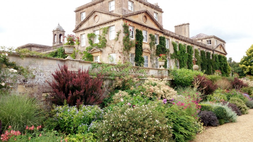Discovering the house and the garden of Bowood