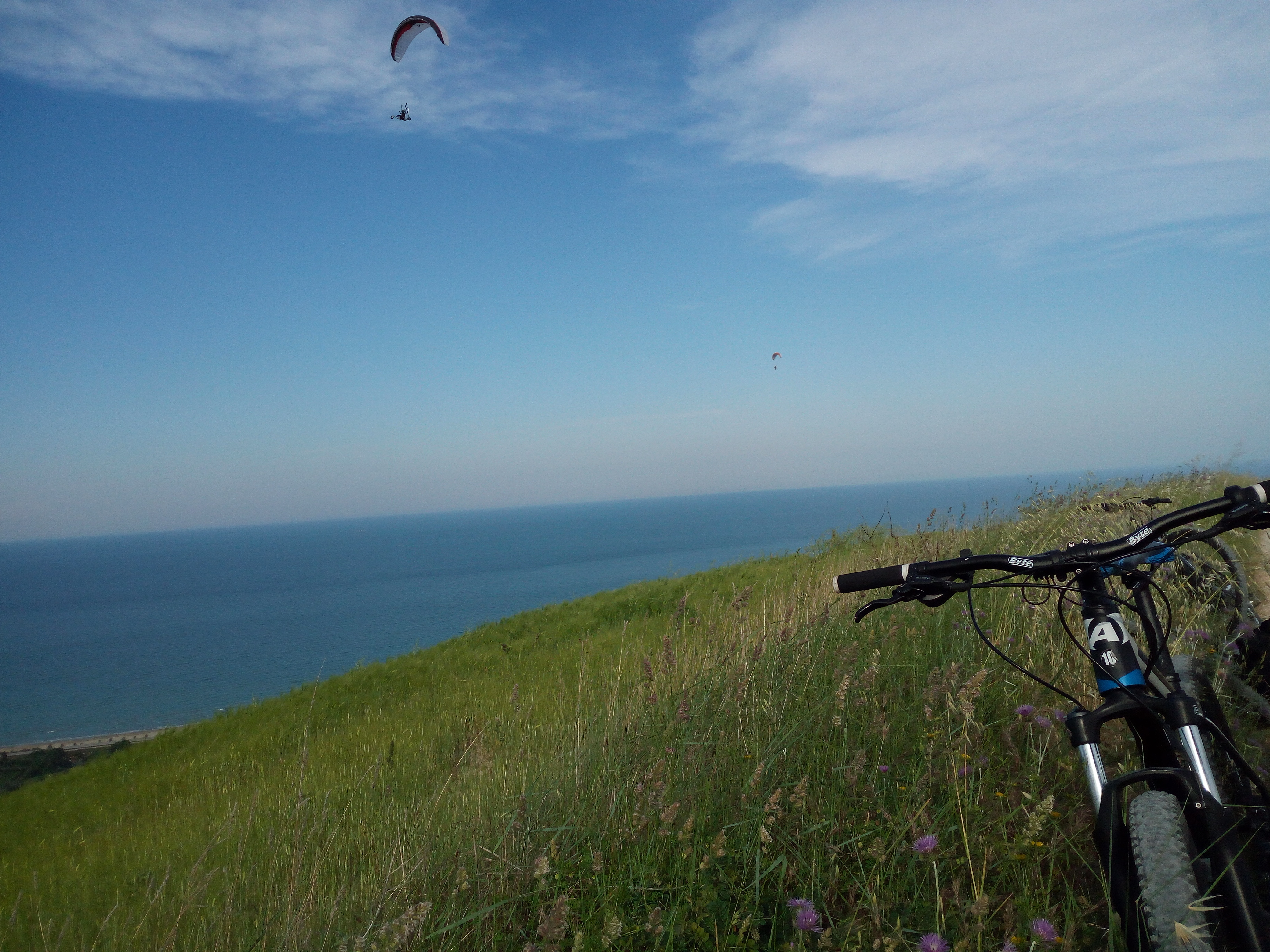 cycling by the sea in the Cerrano Park