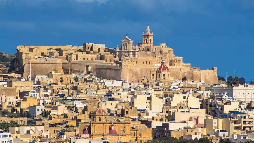 Gozo, rural atmosphere between hills and sea
