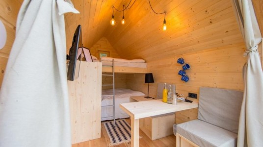 glamping house intern
