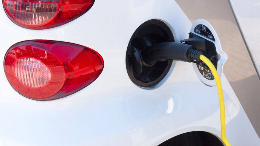 Mini guide to install charging stations for electric vehicles in your hotel