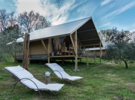 Glamping in Tuscany in luxury tents