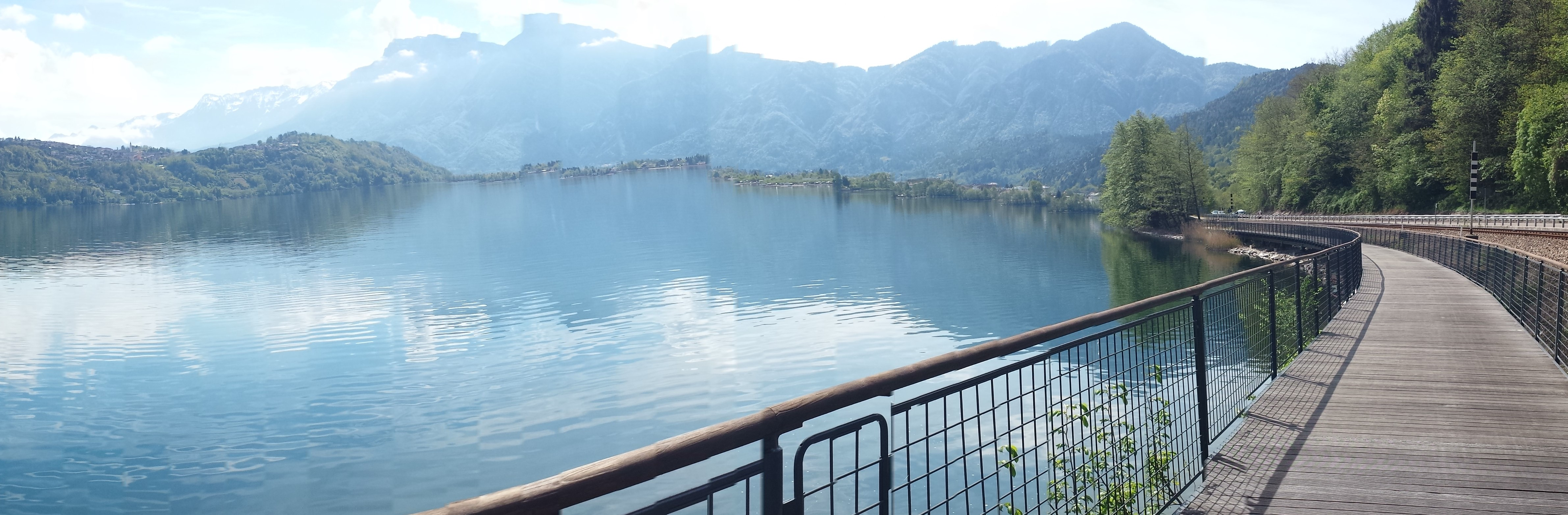 slow tourism in italy, Lake Levico cycle path