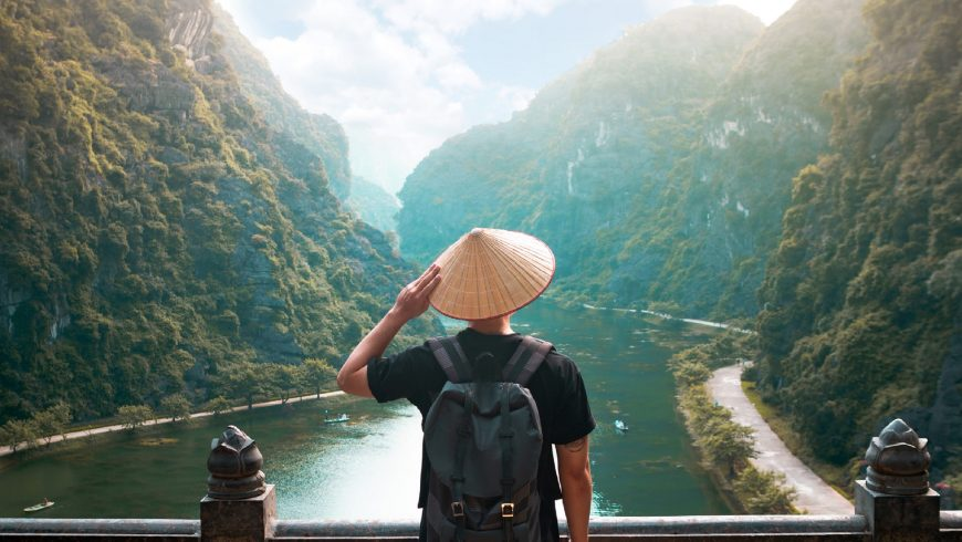 10 Powerful Reasons Why People Love to Travel - Ecobnb