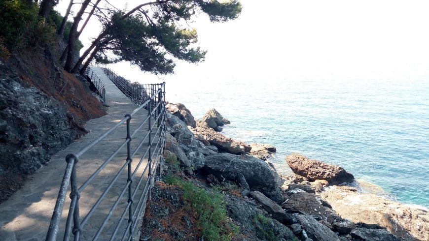 "walk along ""La Via del Mare"" in Framura, Liguria, Italy"
